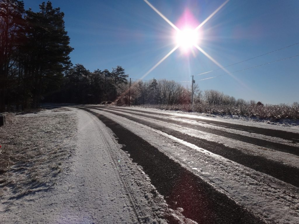 road-ice-snow-sunshining (1280x960)