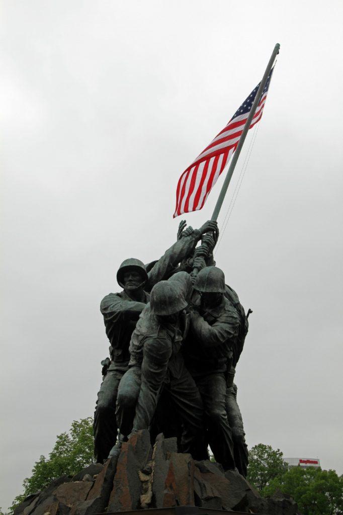 war-WWII-memorial (853x1280)