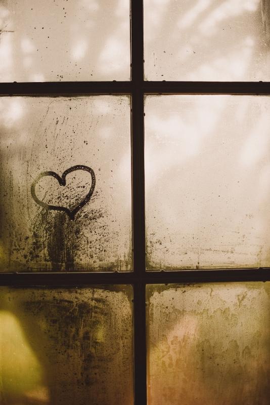 heart-on-window (534x800)